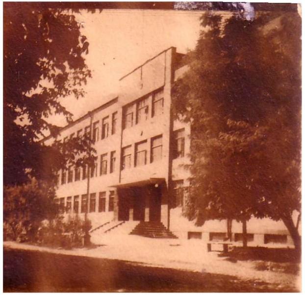 F1_Главное_здание_Ташкентского_СВУ._1950__г.