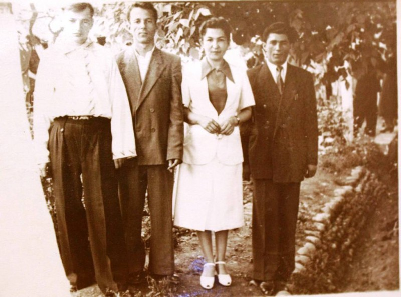 14)1953г со студентами САГУ