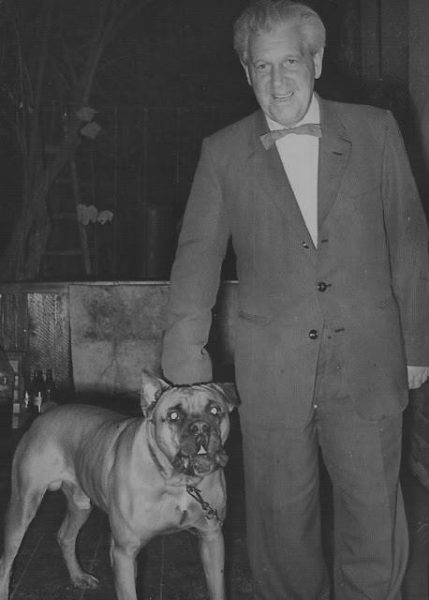 Вениамин Хаэт с любимой собакой