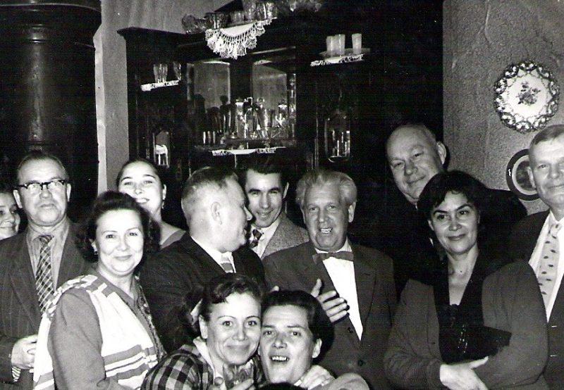 Вениамин Хаэт в кругу семьи и друзей