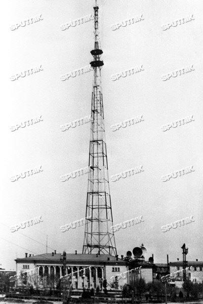 Телевизионная башня Узбекского телевидения. 1988 г.