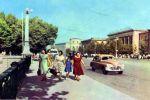 На улице Навои