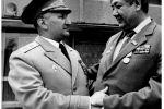 С заместителем военкома республики генерал-лейтенантом С. Ахунджановым, недавно ушедшим из жизни. 1984 г.