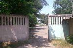 Взгляд назад, вдалеке дома на улице Навои.