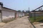 Влево переулочек, когда-то там была ветеринарная клиника.