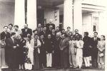 1954 год, среди кинематографистов и деятелей культуры Узбекистана и Индии.
