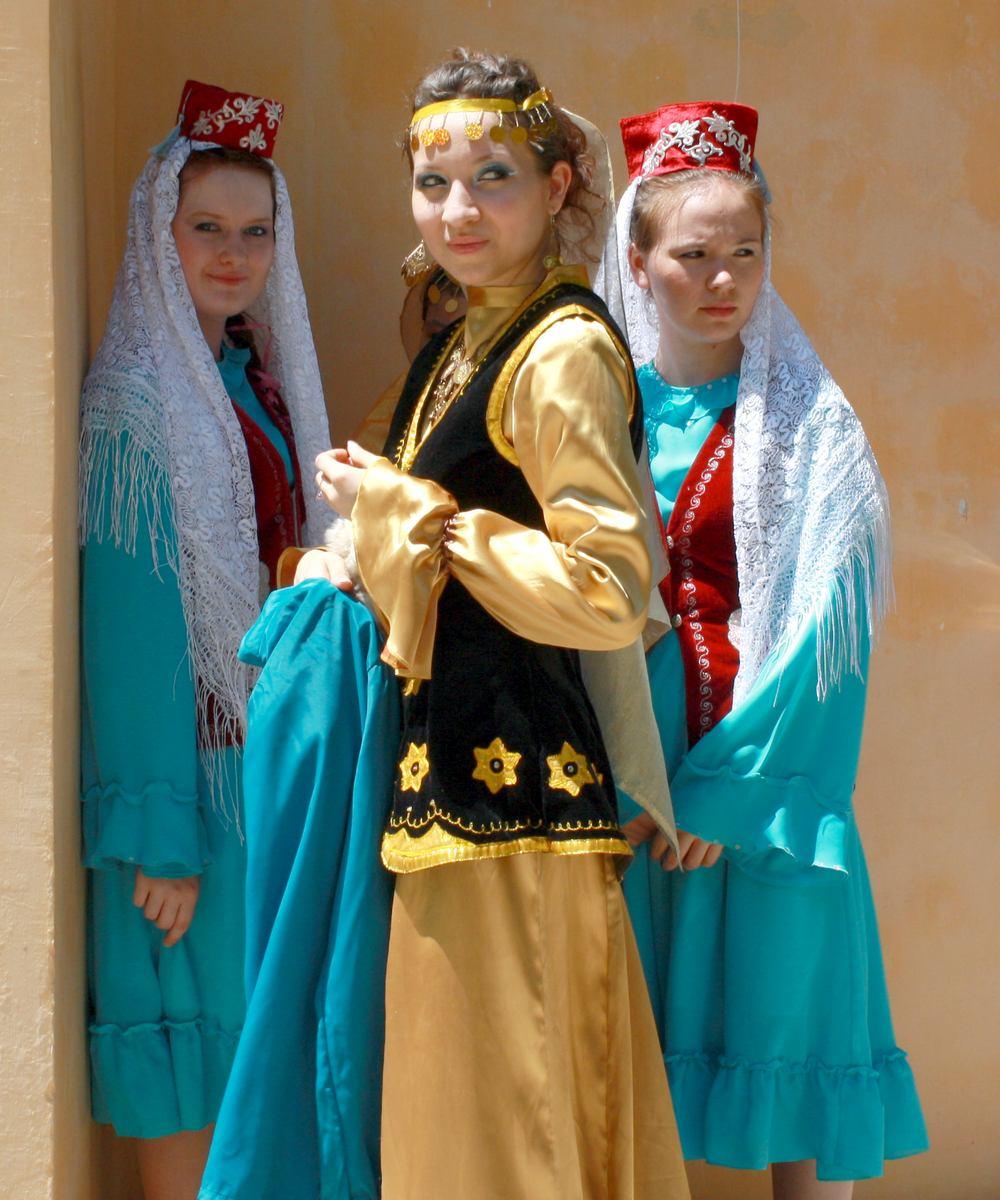 светится татары в своих костюмах фото урок вязания