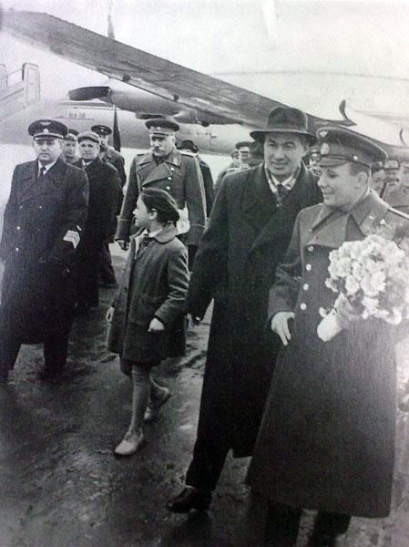 Ш. Р. Рашидов и Ю. А. Гагарин