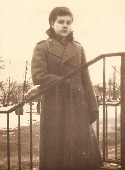 Клава Мельникова
