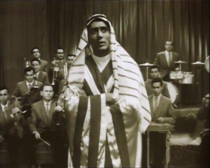 Батыр Закиров исполняет песню Арабское танго