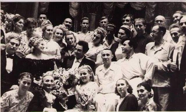 Karim Zakiriy (v tyubeteyke). Ташкент, 1949 год.