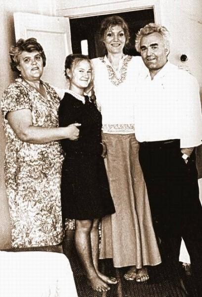 С дядей Артуром Германом и его семьей