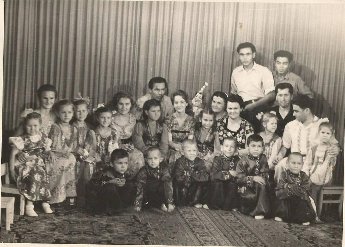 Старые фото тёток фото 110-946