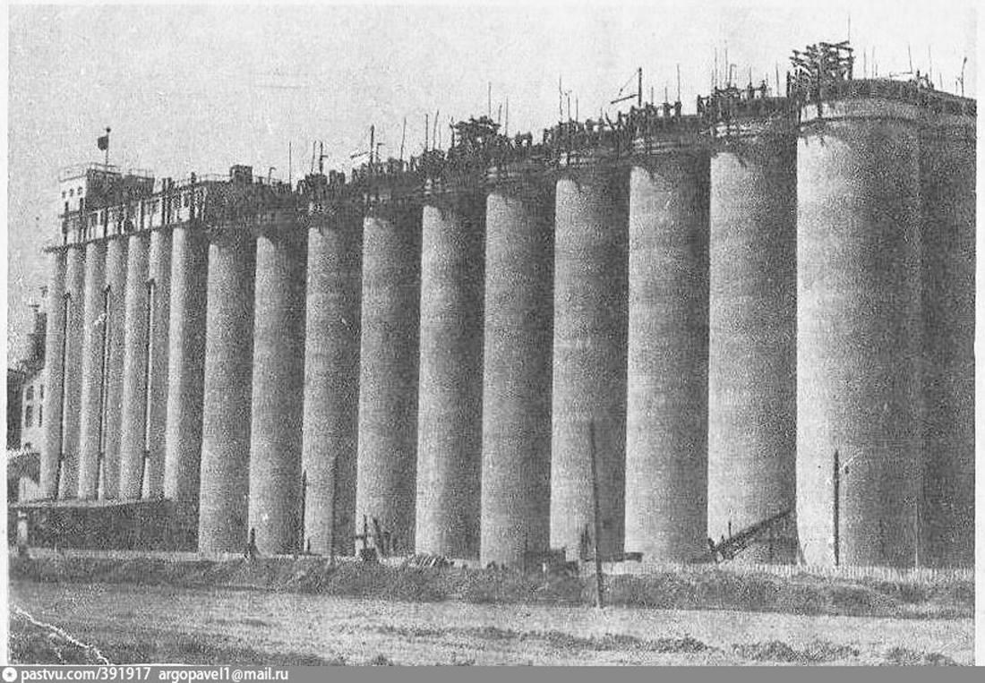 колонны на элеваторе