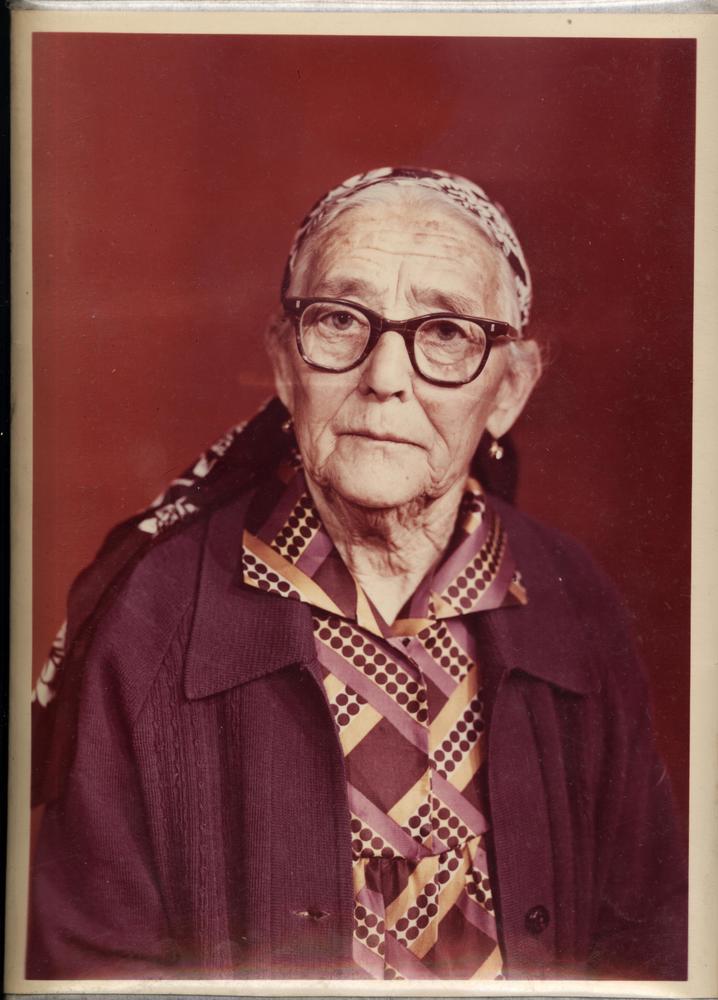 Русская бабка хотела узнать что такое куни фото 52-838